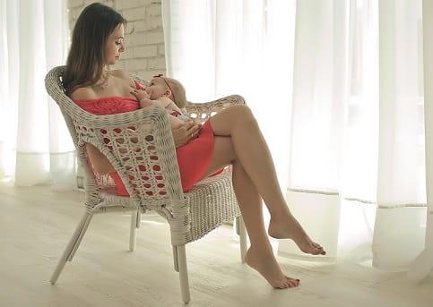 Нужен ли спецальный рацион в первые месяцы после родов кормящей матери