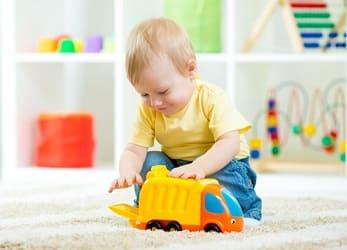 Ребенок 1 год: режим питания, развитие, что умеет